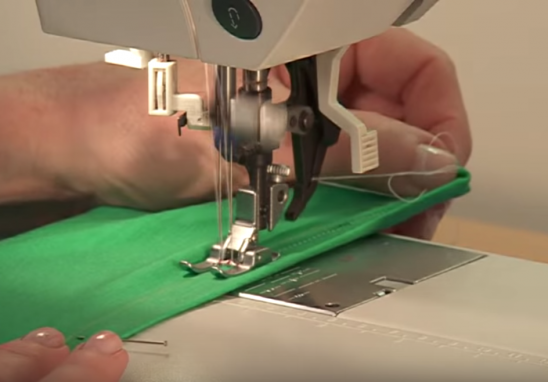 How To Sew Stretch Fabrics On A Regular Sewing Machine By Kollabora Adorable Sewing Machine For Knit Fabric