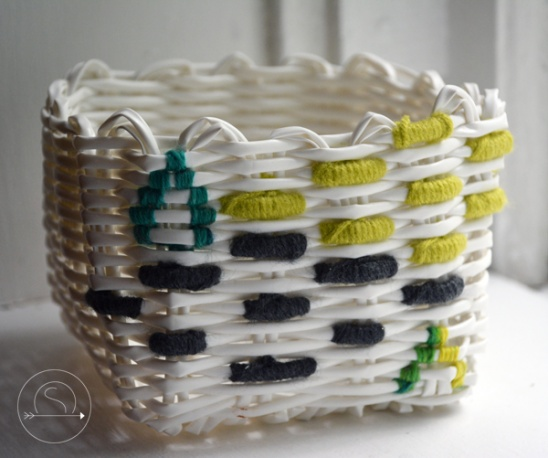 Mini Basket Makeover! Check Out  ObsessSesh.com  For More Fun DIYs!