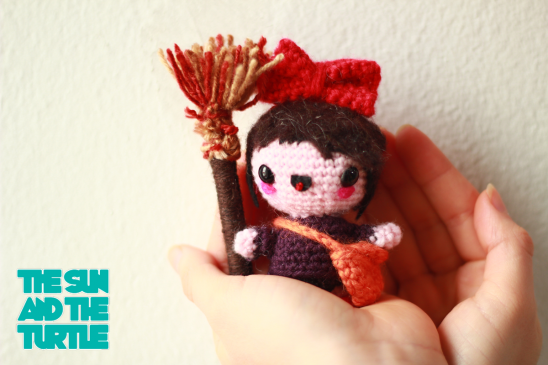 How to make amigurumi hair with felt - YouTube | 365x548