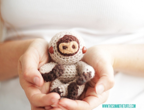 Amigurumi baby sloth by Jenn from The Sun and the Turtle ...