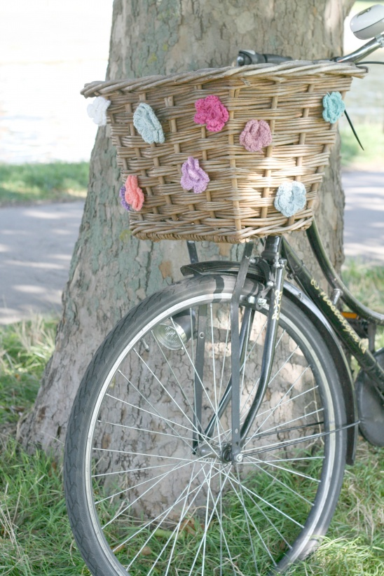 Crochet Flowers Bicycle Basket by Claireabellemakes ...