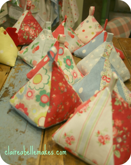 Fabric doorstop by claireabellemakes project sewing decorative kollabora - Chicken doorstops ...