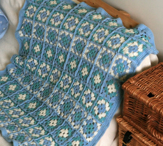 Crochet Patterns Lap Blankets : Square Lap Blanket by Claireabellemakes Project Crochet / Blankets ...