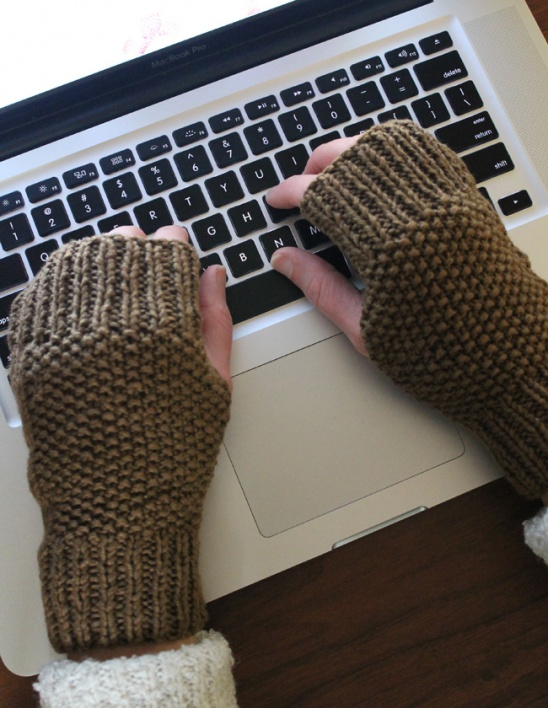 Knitting Patterns For Fingerless Gloves With Mitten Cover : Fingerless Knitted Mitts by Sew DIY Project Knitting ...