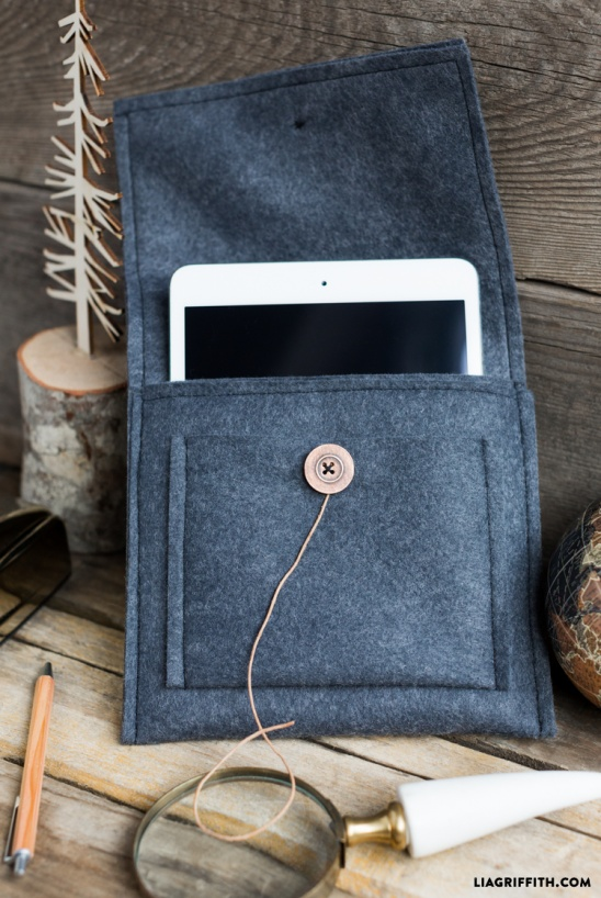 Diy Felt Tablet Case By Lia Griffith Project Sewing