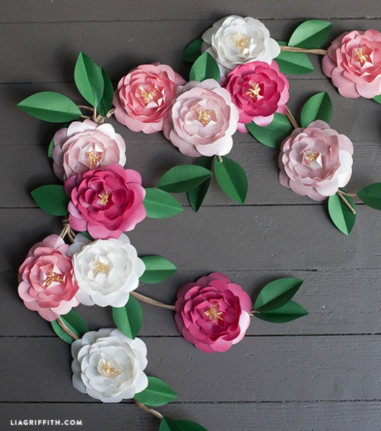 Diy paper camellia flowers by lia griffith project papercraft diy paper camellia flowers by lia griffith project papercraft decorative weddings kollabora mightylinksfo