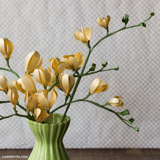 Paper Flower Freesia by lia griffith | Project | Papercraft | Home ...