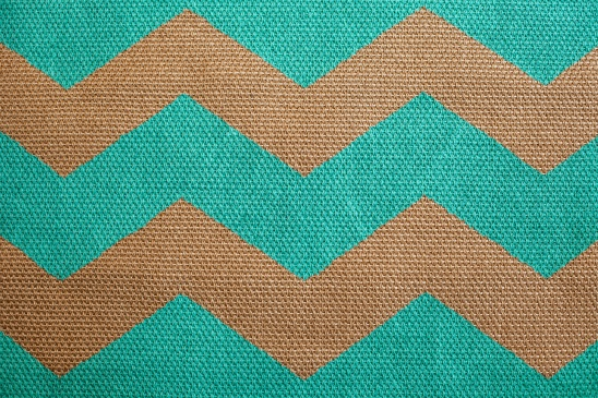 Learn How To Make This Colorful Chevron Rug Using A Simple Sisal. I Show  You With A Full Video Tutorial And Offer The Pattern As A Free Download On  My Blog: ...