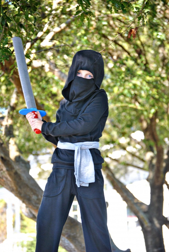 Ninja Costume by Dandelion Drift | Project | Sewing / Kids u0026 Baby | Costumes | Kollabora & Ninja Costume by Dandelion Drift | Project | Sewing / Kids u0026 Baby ...