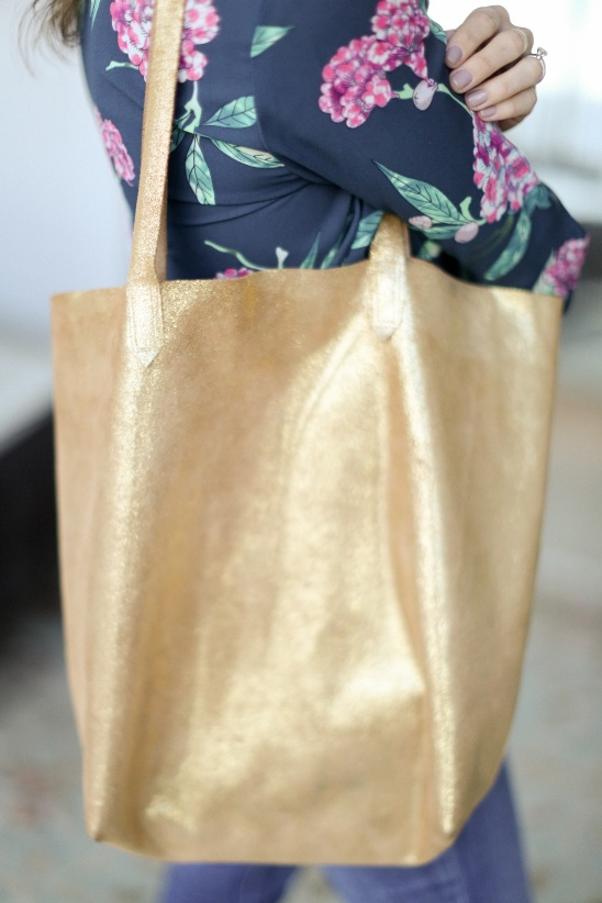 Leather Tote Bag Tutorial by Erin || Sewbon | Project | Sewing ...