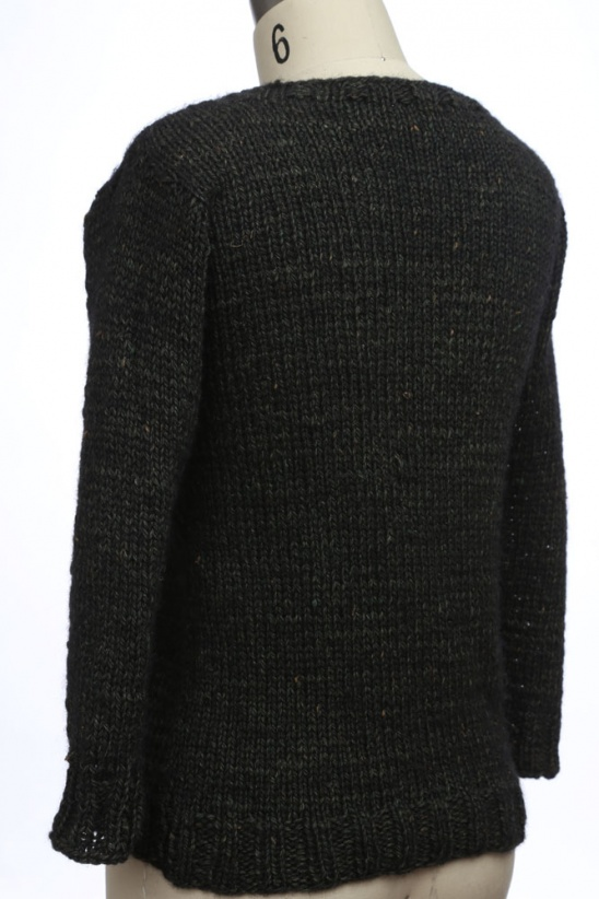 I designed and knit this sweater for a competition called The Fiber Factor!  I used 5 mm needles and Schulana Milford yarn. 2248ad6c8