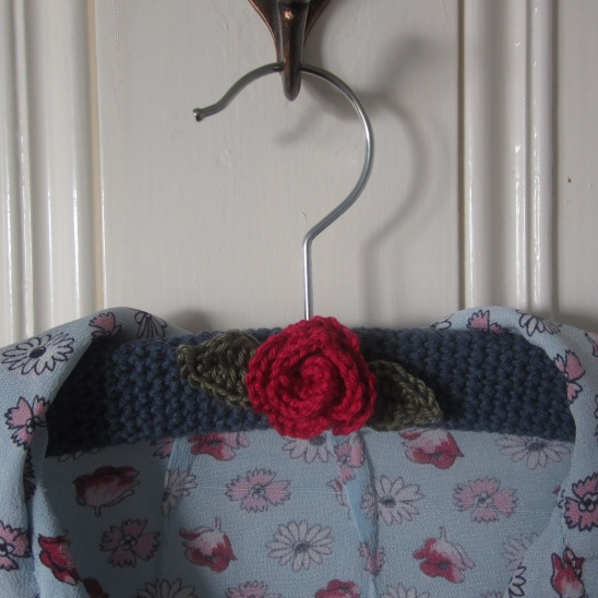 Rose coat hanger by sew silly lily project crochet for Coat hanger art projects