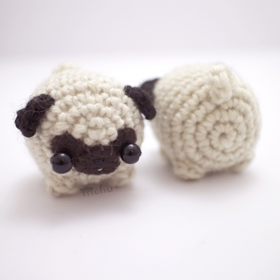 Hiro the Pug Amigurumi Crochet Pattern - English, Dutch, German | 548x548