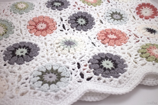 Crochet hexagon blanket by mohu | Project | Crochet | Home Decor ...