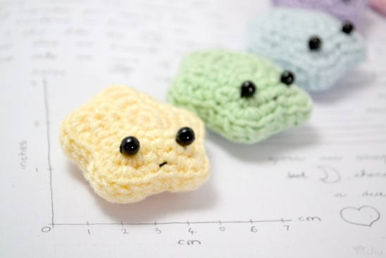 Free Amigurumi Star Pattern : Amigurumi stars by mohu Project Crochet / Decorative ...