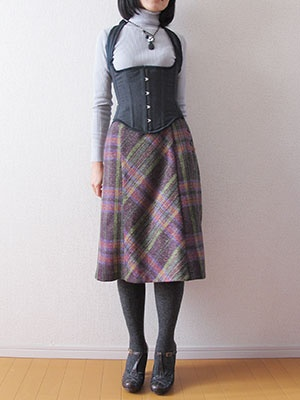 Plaid Bustle Skirt by miho | Project | Sewing / Skirts | Kollabora