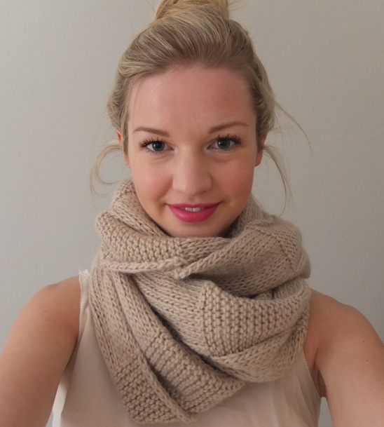 Knitted Stockinette Stitch Scarf Pattern : 301 Moved Permanently