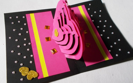 Your DIY Card Heart Pop Up Love Is Now Ready