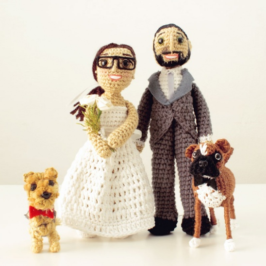 Handmade Gift for the Special Day: 15 Crocheted Wedding Gift Ideas | 548x548